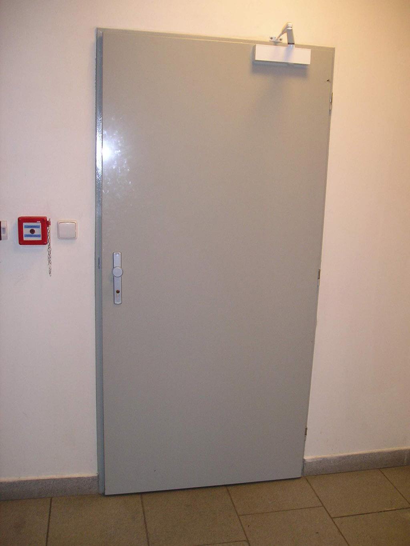 Метални врати в помощ на интериорна на жилището ви