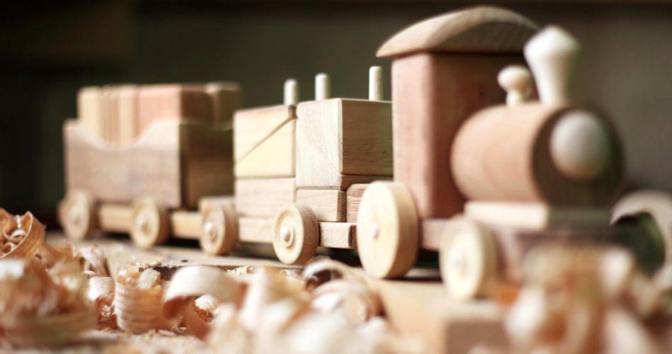 Евтини дървени играчки