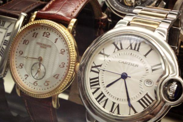 Как да комбинираме часовника с външния ни вид
