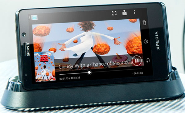 Sony Xperia T: в стил Джеймс Бонд