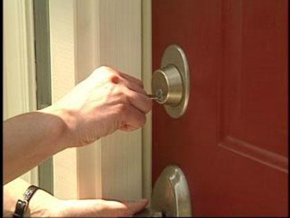 Защо входните врати държат висока цена